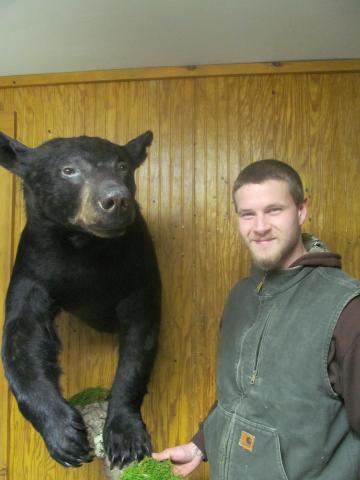 Sterling Pelsue   bear         271 lbs      Vermont